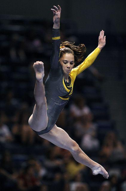McKayla Maroney competes in the 2010 Visa Gymnastics Championships