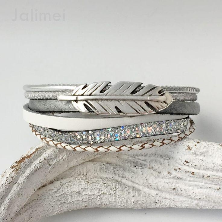 Armband Leder grau-weiß mit Feder * Glitzer