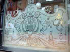 Etched glass window at Heraghty's Pub, Glasgow