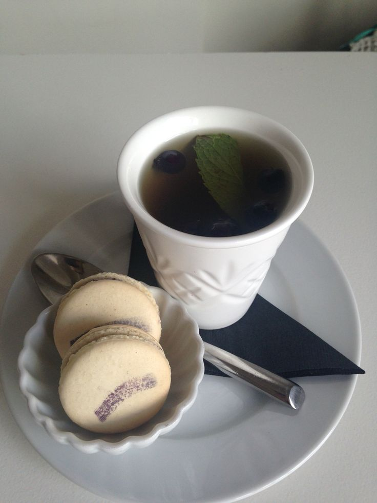 As part of the first annual Saskatoon Berry Festival organized by the Saskatoon Farmers Market, we will be offering Saskatoon berry macarons and Saskatoon berry tea with mint and black currant all week long.
