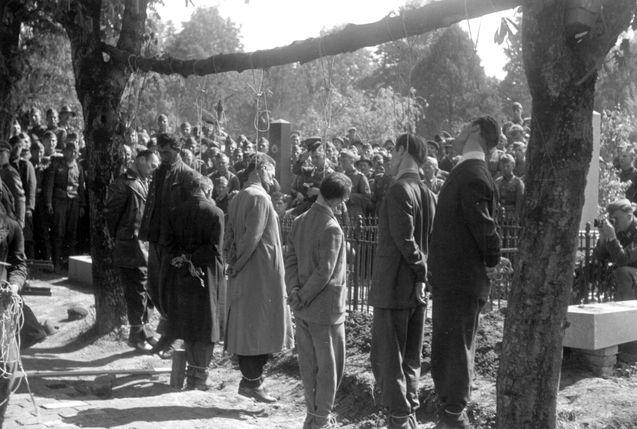 Pancevo, German, 22/4/1941, Hostages Hanged By German