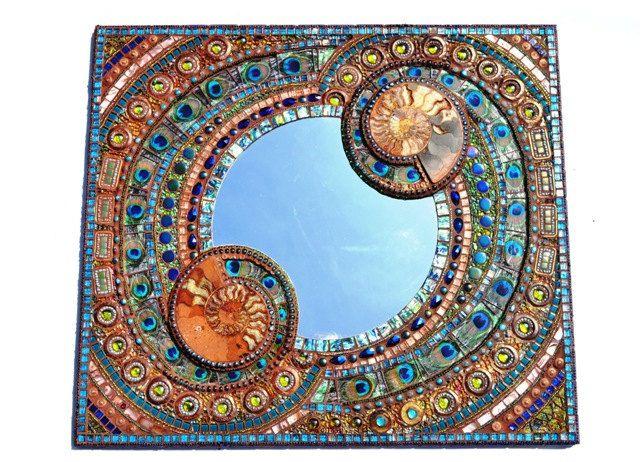 Oltre 25 fantastiche idee su decorare specchio su pinterest specchio floreale incornicia uno - Gioco specchio da decorare ...