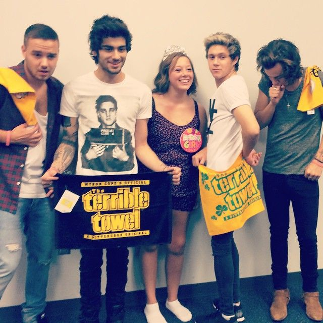 One Direction with bripriestas in Arlington (24.08.2014)
