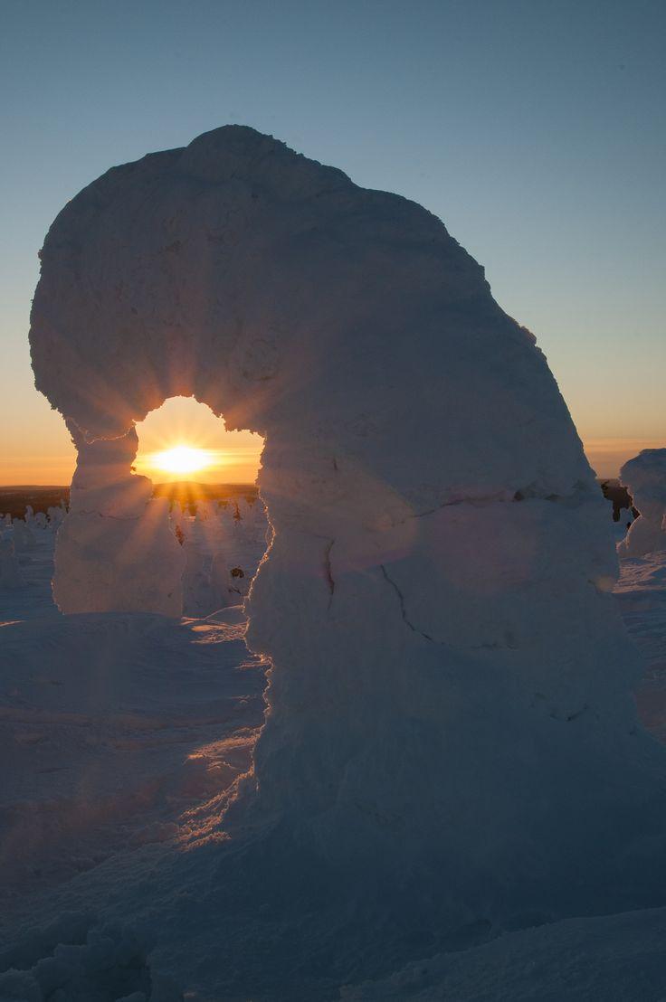 Sun arch II by Benjamin Heutte on 500px