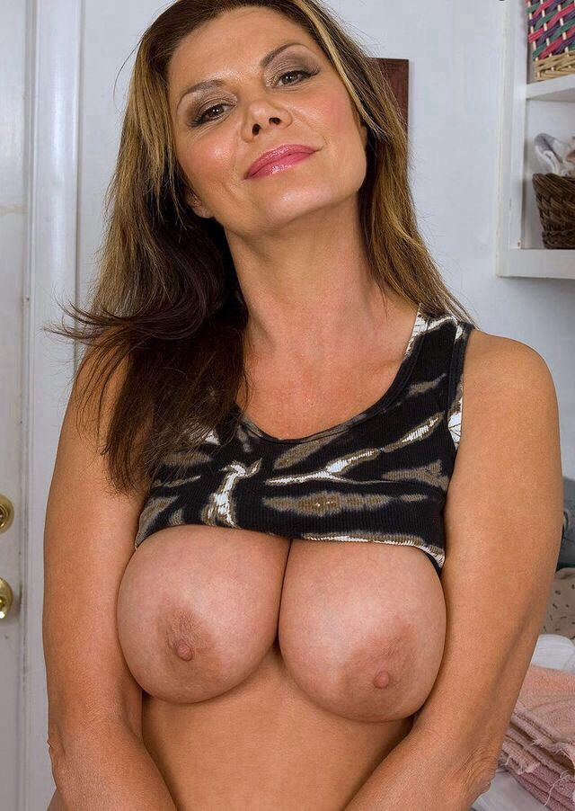 Naked wifes orgies