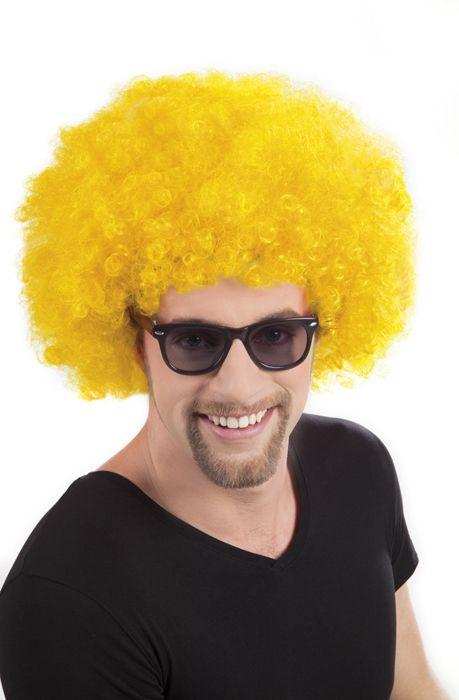 Peluca afro disco amarilla para adulto: Peluca afro amarilla para hombre y mujer. Esta peluca es perfecta para acompañar un traje disco en tus fiestas de disfraces.