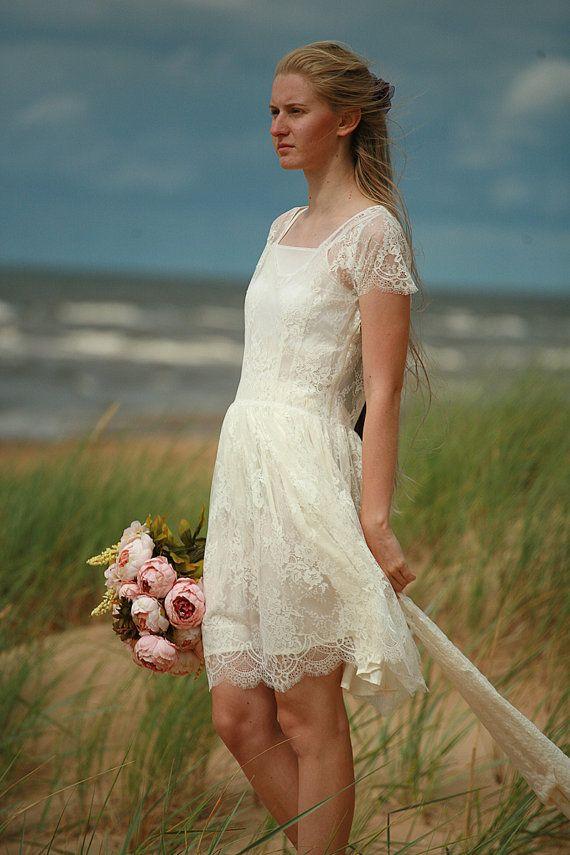 Les 25 meilleures id es de la cat gorie robes d 39 occasion for Robes d occasion pour les mariages plus la taille