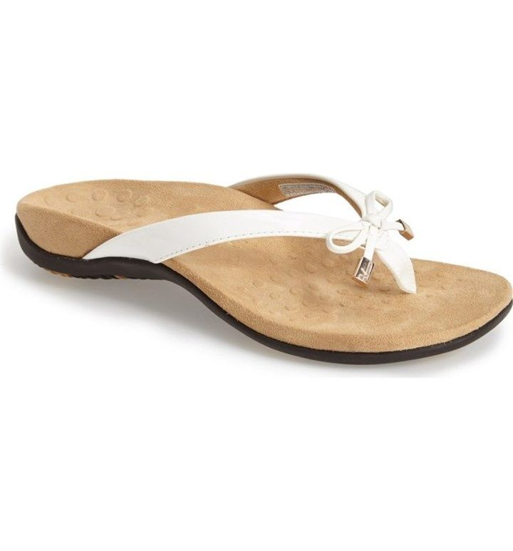 Womens sandals, Gold dress shoes