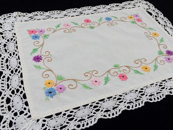 Vintage White Linen Stem Stitch Embroidered Oblong Doily. Eastern European Vintage Floral Embroidered Linen Doily with Lace Edging RBT1898