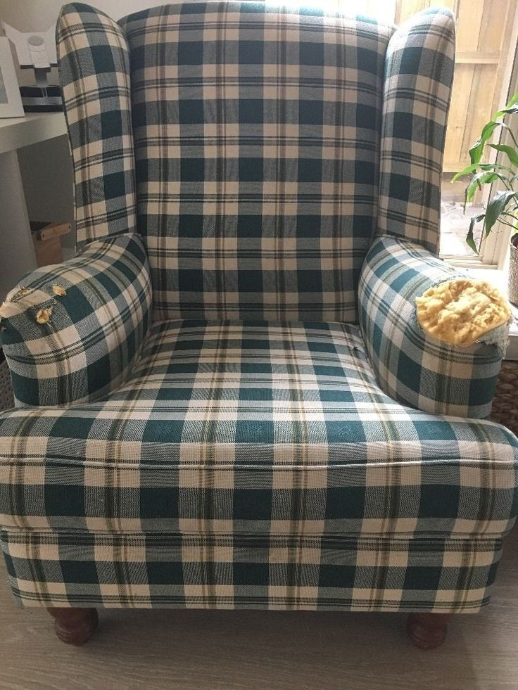 Wing Back Chair Great For Reupholstering