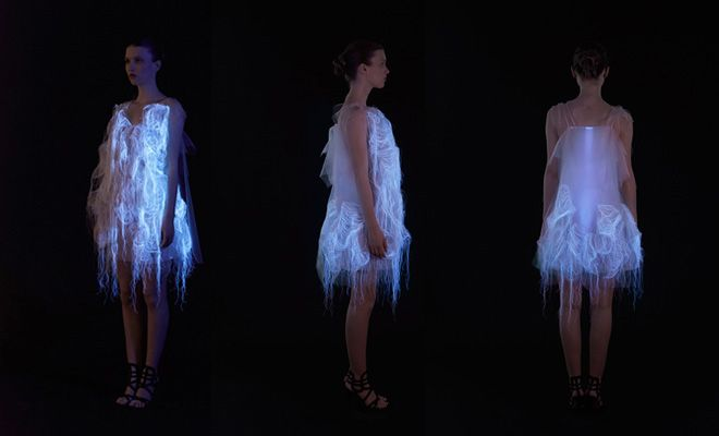 2-nowhere-nowhere-2-gaze-activated-dresses-by-ying-gao.jpg 660 × 400 pixels