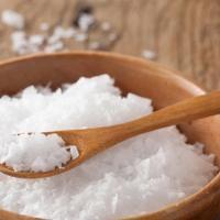 Le chlorure de magnésium est un remède efficace, naturel et économique pour vous aider à retrouver la forme et à lutter contre les petits maux du quotidien. Découvrez l'astuce ici : http://www.comment-economiser.fr/bienfaits-chlorure-magnesium.html