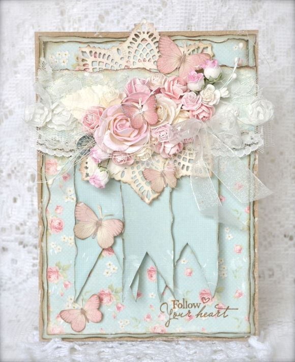 Card made with stamp from Stempelglede and papers from Pion.