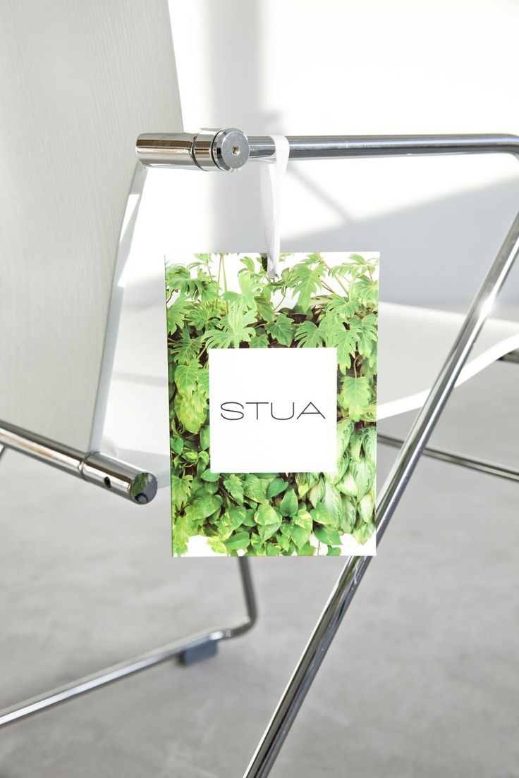 "We love small surprises! Now with every STUA's design you will find, not only the guarantee, but also the new ""Good Design Makes You Happy"" catalogue in this green envelope. Irresistible!"