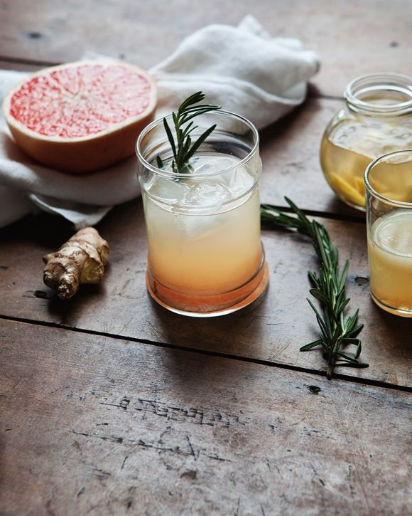 Ginger Grapefruit Rosemary Tonic  makes 1 drink  1 large grapefruit  1 piece of ginger, peeled and roughly chopped  2 sprigs rosemary  1 lime wedge  ice  In a kettle over high heat, bring 2 cups water to a boil. When water is boiling, pour into a small bowl containing ginger pieces. Cover and let steep for 20 minutes. If you prefer a lighter ginger taste, remove pieces and cool — if you want a stronger flavor, do not remove ginger and cool.