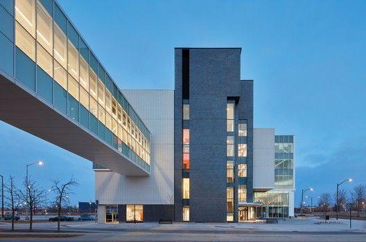 Sheridan College Hazel McCallion Campus - Phase II / Moriyama & Teshima Architects  Montgomery Sisam Architects