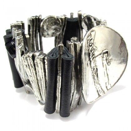 Bracelet by Canadian jewelry designer Anne-Marie Chagnon. C'est magnifique!