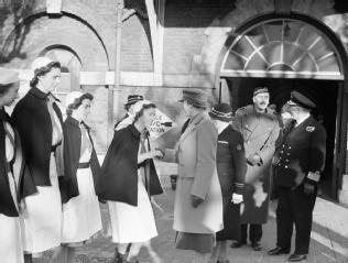 HRH PRINCESS ROYAL VISITS RN HOSPITAL HASLAR, GOSPORT, 4 JANUARY 1943