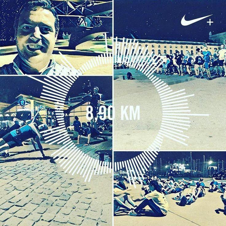 É a esta hora que se chega a casa depois de uma corrida noturna com uma das mais conhecidas comunidades de #runners londrina os #midnightrunners (u rock guys  Thank you for a nice and #fun #run). Foram quase #10k da #TorredeBelém até ao #TerreirodoPaço com 5 exercícios pelo meio e alogamentos #yoga no fim  | #Gear: #nike  #kalenji #kalenji  #newbalance #vongo  #disco