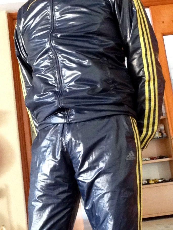 243 B 228 Sta Bilderna Om Shiny Nylon Pants And Jackets P 229