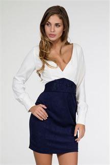 Vestido corto azul y blanco