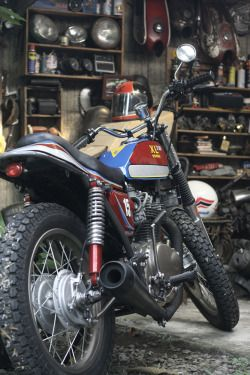 Honda XL350 Tracker