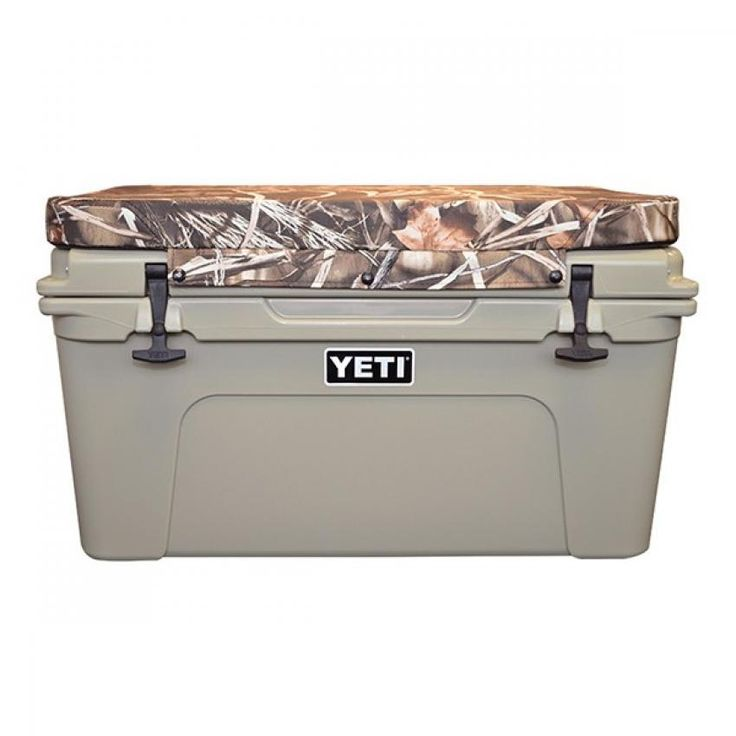 Yeti tundra seat cushion Realtree camo max4 cooler. The Tundra is Yeti's original heavy-duty cooler, designed for rugged, all-purpose use. The camo seat cushion lets it pull double duty at camp or on the trail.