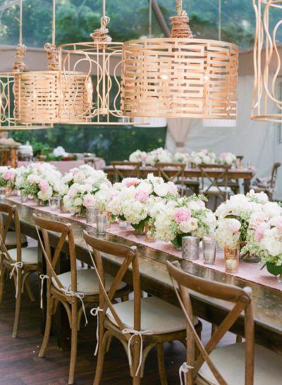 So much pretty in this wedding table: http://www.stylemepretty.com/2014/09/22/emily-maynards-surprise-wedding-to-tyler-johnson/ | Photography: Corbin Gurkin - http://corbingurkin.com/