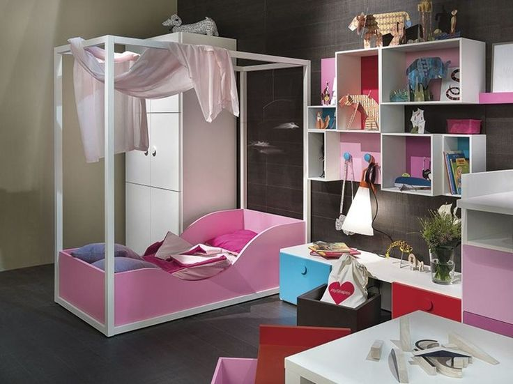Wooden canopy bed for kids' bedroom PRINCESS by dearkids