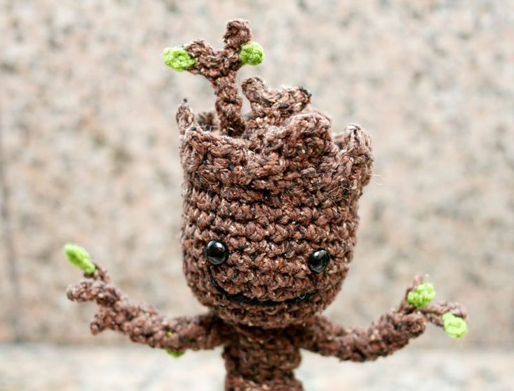 Free crochet pattern of baby Groot