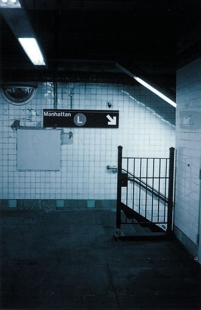 Underground tracks , a life in shadows and neon lights