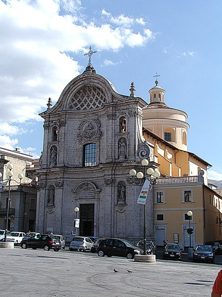 18Cen Santa Maria del Suffragio, Begun in 1713, L'Aquila, Italy (Baroque façade added by Gianfrancesco Leomporri in 1770 -- neoclassical dome completed in 1805 by Giuseppe Valadier.)