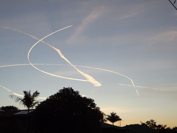 Go Home Planes Your Drunk Vapour trails