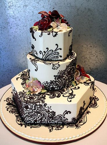 henna wedding cake  Love the different shapes of the layers!