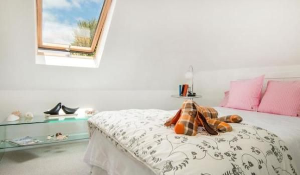 Zoella and Alfie's house in Hove is crowned the 'Zalfie pad' - Zoopla