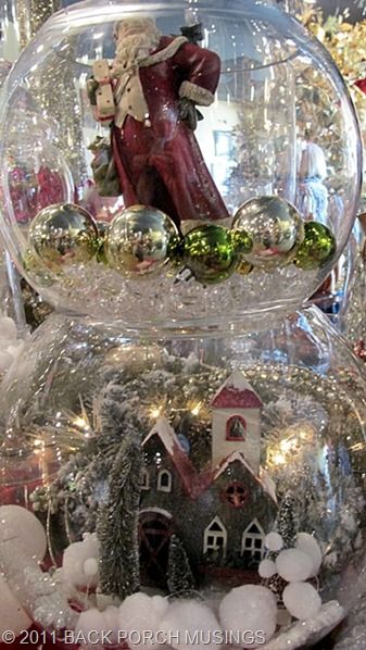 stacked fish bowls....: Christmas Crafts, Christmas Bowls, Bowls Christmas, Cloche Ideas, Christmas Theme, Christmas Fish Bowls, Christmas Decor, Glasses Bowls, Christmas Ideas