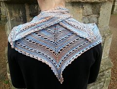 Ravelry: Zoe-lite pattern by Anna Richardson