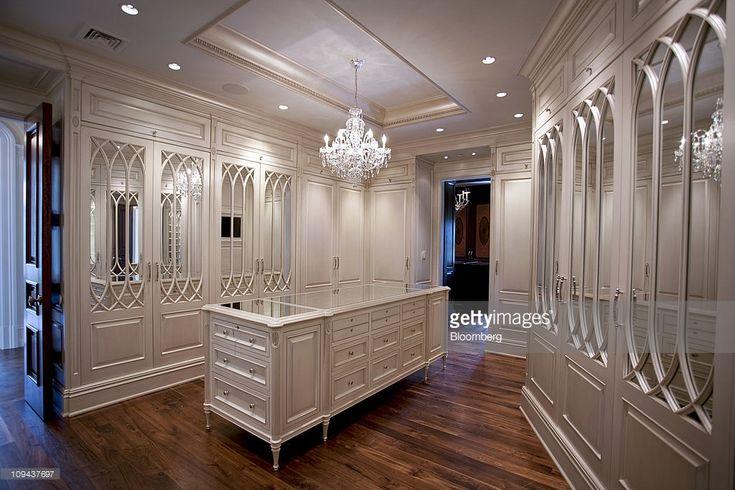 mejores 437 im genes de grandes mansiones en pinterest casas de lujo dormitorios principales. Black Bedroom Furniture Sets. Home Design Ideas