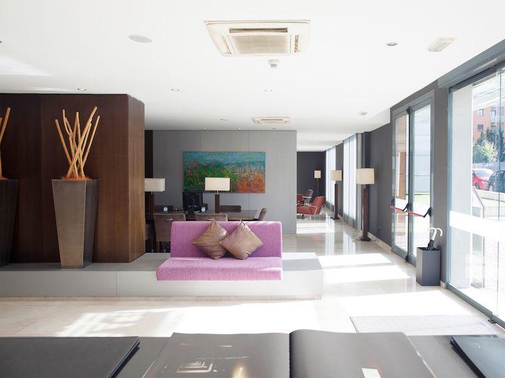 Recepción del Hotel Ciutat MArtorell http://hotel-martorell.com/es/hotel-martorell/servicios