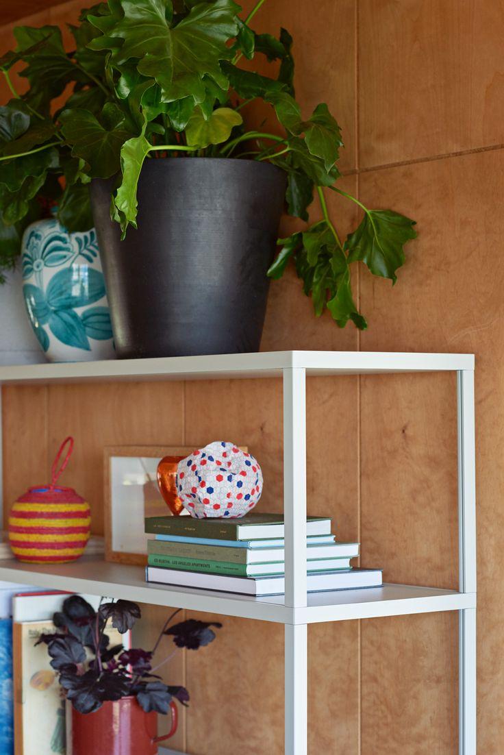 Flowerpot XXL and New Order shelf