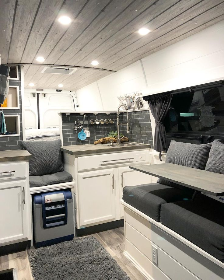 31 Stunning RV Interior Remodelling Ideas (With Pictures!) – Vehicle HQ