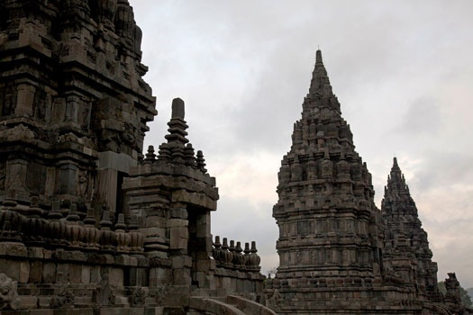 Prambanan temple, built around 850 AD to honor Lord Shiva, the Supreme God in Hindu. www.sunnyindonesia.com.