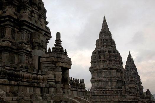 Prambanan temple, built around 850 AD to honor Lord Shiva, the Supreme God in Hindu. www.sunnyindonesia.com.
