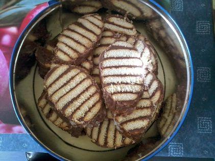 Pudingos kekszsütemény