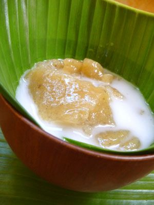 (Tahitian fruit pudding)   Po'e (POH-eh) is a popular fruit pudding found at all traditional Tahitian tamara'a  barbeques. Originally the p...