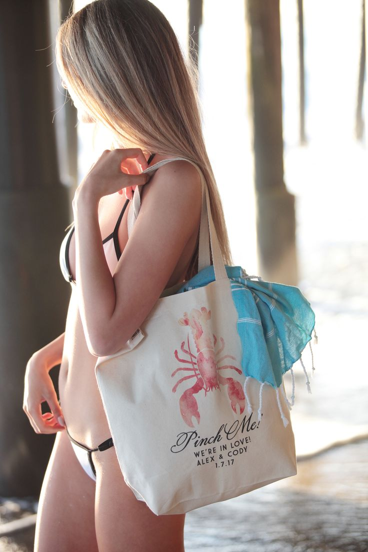 Personalized wedding favors, gifts, bag fillers, Turkish Peshtemal Towels https://fabricdome.com/products/turkish-peshtemal-beach-towels-sale-free-shipping-to-us