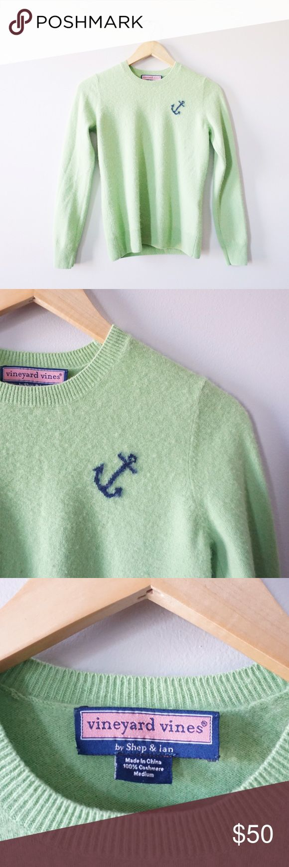 Vineyard Vines 100% Cashmere Anchor Sweater Vineyard Vines 100% cashmere anchor sweater size medium. Fitted. Pilling as shown. Part of the tag is hanging off. No stains or holes that I am aware of. Open to offers! Vineyard Vines Sweaters Crew & Scoop Necks