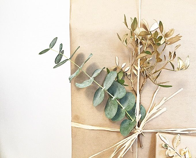 Close up 🌿  #gift #inspiration #eucalyptus #gold #diy