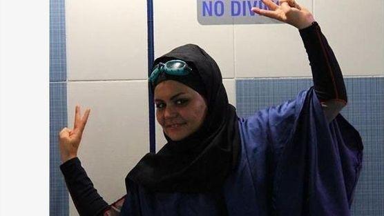 International Swimming Federation: Demand Iran Register Elham's Swimming Record.  Petition