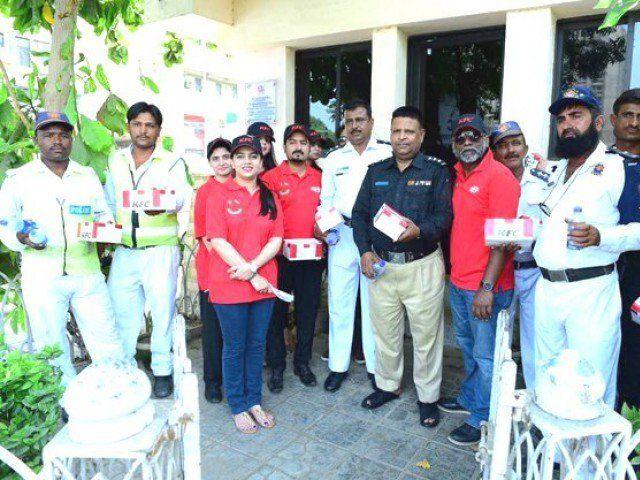 KFC Pakistan's Mitao Bhook initiative leads by example on Labour Day  http://www.bicplanet.com/pakistan-news/kfc-pakistans-mitao-bhook-initiative-leads-by-example-on-labour-day/  #Pakistan
